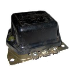 Interlocking relay